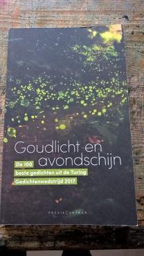 Goudlicht en avondschijn (2018). Bloemlezing van de beste 100 gedichten van de turing gedichtenwedstrijd.